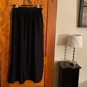 Apt 9 Black Maxi Skirt with Pockets, size MP